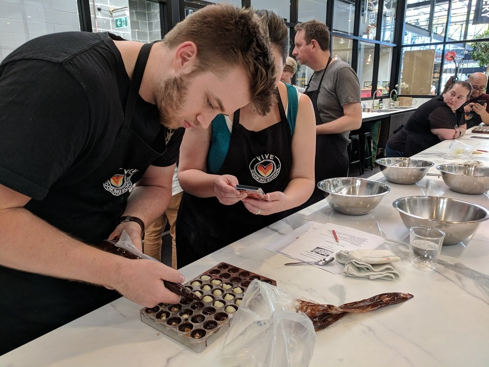 CHOCOLATE BONBONS WORKSHOP WITH ESTI GARCIA 12